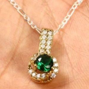 Jewelry - 💚EMERALD & WHITE TOPAZ NECKLACE • 925K STERLING💚